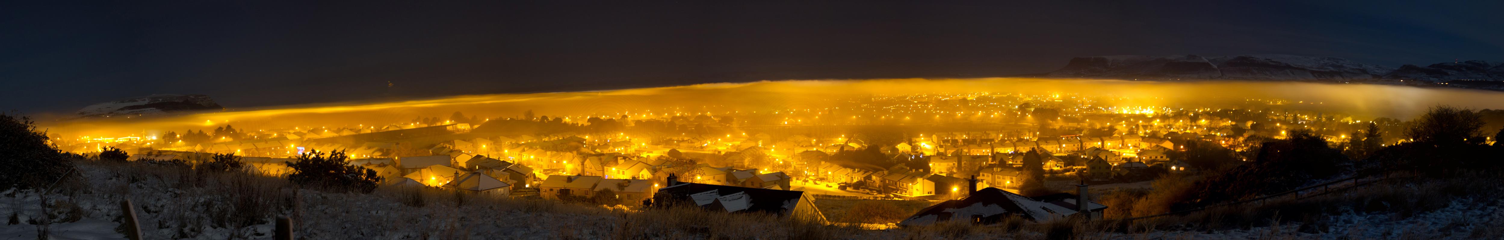 pan-town-night